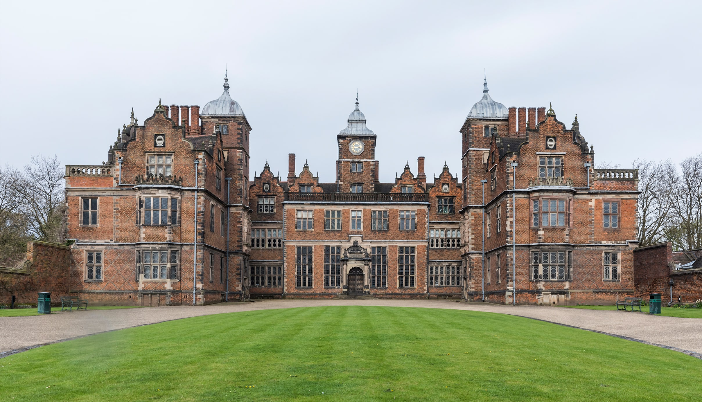 400 Years of Aston Hall: Roll up! Roll up! Victorian Day