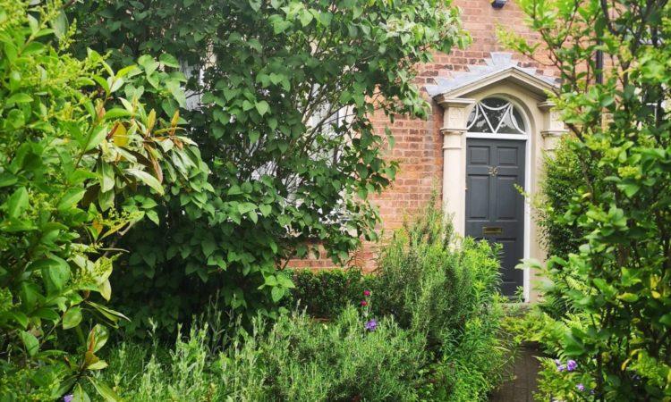 secret-garden-1160x665