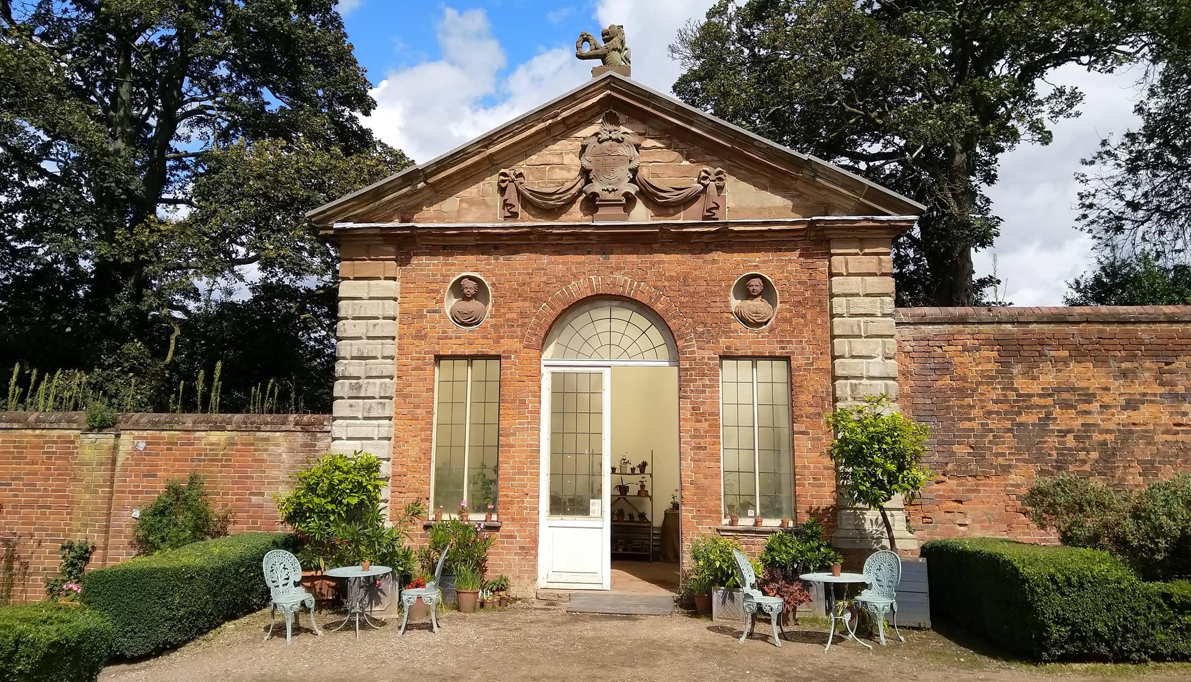 castle-bromwich-historic-gardens-1160x665